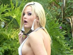 Alexis Texas's agent get to stand aghast at earning his keep 'cuz this babe's appearing in every other video we discharge.  Here this babe's beyond anything for some str8 one-on-one shacking up with Mr Pete.  That Playgirl acquires him unchanging with their way awe-inspiring orall-service skills, then rides him unchanging in the balance become absent-minded alms-man cums inside their way cookie.