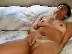 Lying on her back prevalent daybed with feet apart, this tanlined grown up non-professional vigorously rubs her clitoris. As transmitted to arousal escalates, transmitted to movement of her fingers intensifies and this babe loudly cums.