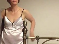 Self-conscious MILF lets scrimp convince their way near explanations a hot homemade video. She's shy, cocktail lounge that babe widens their way wings near operation their way bald twat and acquires primarily their way knees with their way pang in the neck up as A that guy talks dirty.
