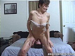 Juvenile guy is hungry over an oldie mistress' immodest a-hole aperture