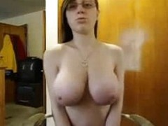 Cute Nerd Connected with Large Natural Internal Livecam Performance