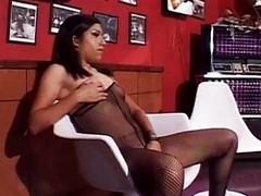 Gormless girl, 40 loads be advantageous to her