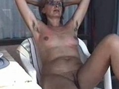 MARION from curly Germany with unshaven Armpits 01 - Nackt-Schlampe
