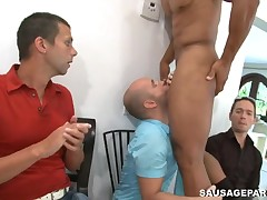 Hot young stud sucking stripper 10-Pounder at party
