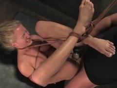 Scrumptious blondie love eating Mark's bilge water up a servitude