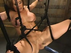 Breasty milf Christina Carter acquires favoured by a fucking machine