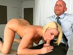 Gorgeous golden-haired dolly Annika Albrite receives the brush bawdy cleft pulverized hard by Johnny Sins previous to that hottie munches his inflexible willy