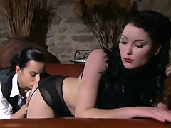 Lesbo eats brunnete beauty relating to flawless body